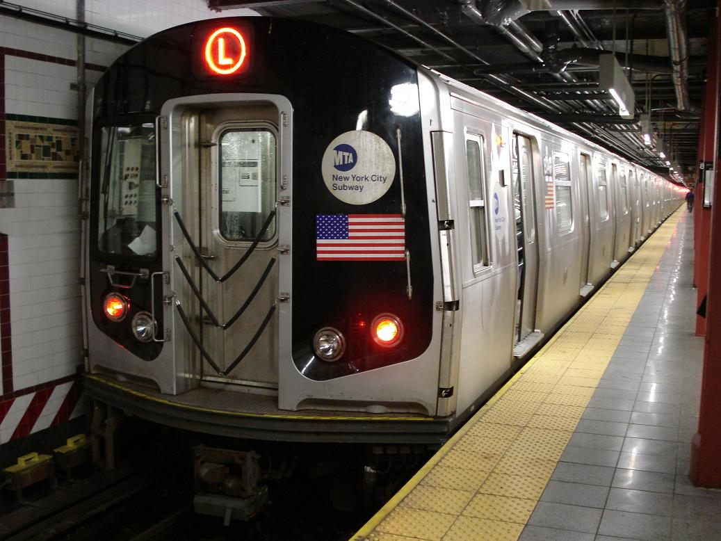 (132k, 1037x778)<br><b>Country:</b> United States<br><b>City:</b> New York<br><b>System:</b> New York City Transit<br><b>Line:</b> BMT Canarsie Line<br><b>Location:</b> 8th Avenue <br><b>Route:</b> L<br><b>Car:</b> R-143 (Kawasaki, 2001-2002) 814x <br><b>Photo by:</b> Michael Hodurski<br><b>Date:</b> 12/29/2006<br><b>Viewed (this week/total):</b> 0 / 1711