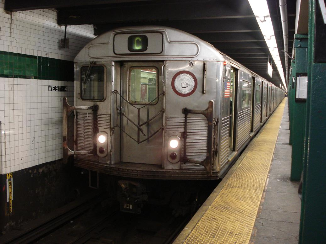 (126k, 1037x778)<br><b>Country:</b> United States<br><b>City:</b> New York<br><b>System:</b> New York City Transit<br><b>Line:</b> IND 8th Avenue Line<br><b>Location:</b> West 4th Street/Washington Square <br><b>Route:</b> C<br><b>Car:</b> R-38 (St. Louis, 1966-1967)  4107 <br><b>Photo by:</b> Michael Hodurski<br><b>Date:</b> 12/28/2006<br><b>Viewed (this week/total):</b> 1 / 2098