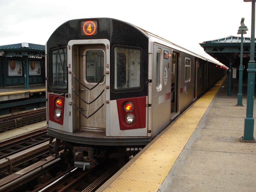 (122k, 1037x778)<br><b>Country:</b> United States<br><b>City:</b> New York<br><b>System:</b> New York City Transit<br><b>Line:</b> IRT Woodlawn Line<br><b>Location:</b> 161st Street/River Avenue (Yankee Stadium) <br><b>Route:</b> 4<br><b>Car:</b> R-142A (Option Order, Kawasaki, 2002-2003)  7711 <br><b>Photo by:</b> Michael Hodurski<br><b>Date:</b> 12/29/2006<br><b>Viewed (this week/total):</b> 2 / 2777