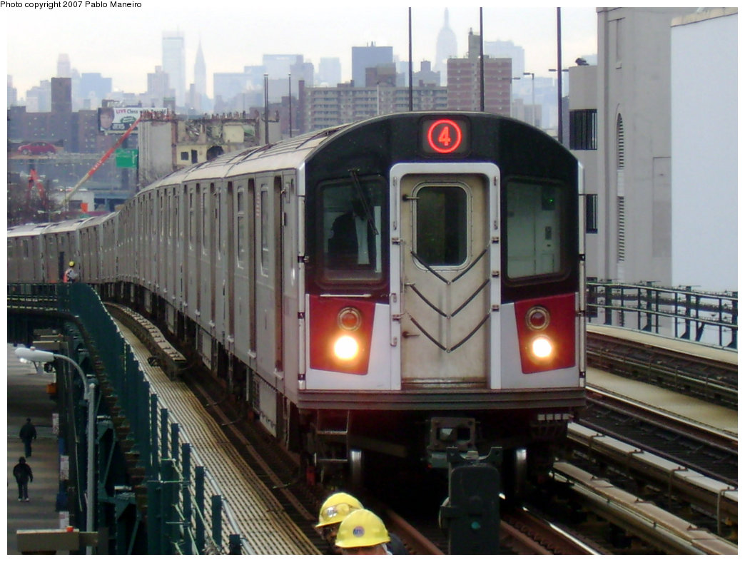 (199k, 1044x788)<br><b>Country:</b> United States<br><b>City:</b> New York<br><b>System:</b> New York City Transit<br><b>Line:</b> IRT Woodlawn Line<br><b>Location:</b> 161st Street/River Avenue (Yankee Stadium) <br><b>Route:</b> 4<br><b>Car:</b> R-142 or R-142A (Number Unknown)  <br><b>Photo by:</b> Pablo Maneiro<br><b>Date:</b> 12/30/2006<br><b>Viewed (this week/total):</b> 3 / 2837