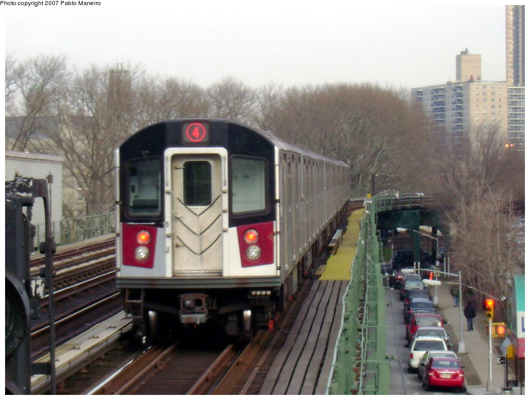 (187k, 1044x788)<br><b>Country:</b> United States<br><b>City:</b> New York<br><b>System:</b> New York City Transit<br><b>Line:</b> IRT Woodlawn Line<br><b>Location:</b> Kingsbridge Road <br><b>Route:</b> 4<br><b>Car:</b> R-142 or R-142A (Number Unknown)  <br><b>Photo by:</b> Pablo Maneiro<br><b>Date:</b> 12/30/2006<br><b>Viewed (this week/total):</b> 0 / 3199