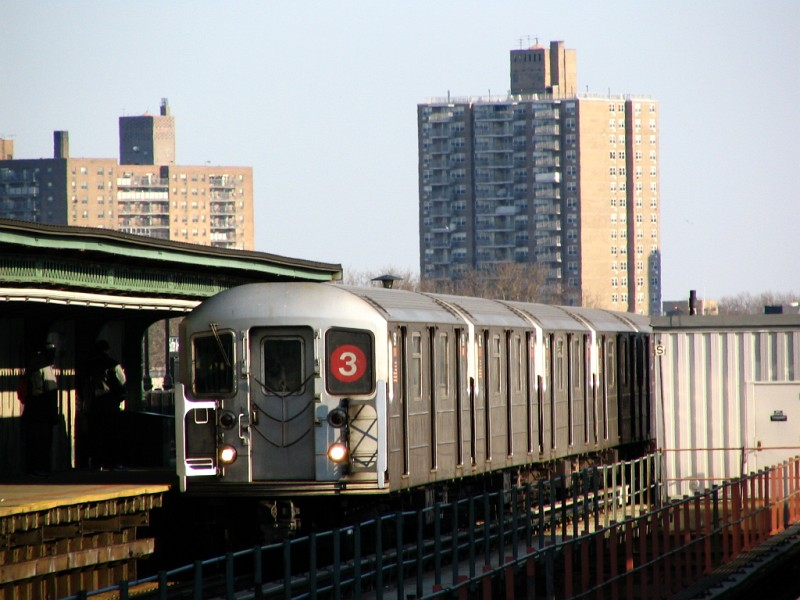 (118k, 800x600)<br><b>Country:</b> United States<br><b>City:</b> New York<br><b>System:</b> New York City Transit<br><b>Line:</b> IRT Brooklyn Line<br><b>Location:</b> Sutter Avenue/Rutland Road <br><b>Route:</b> 3<br><b>Car:</b> R-62 (Kawasaki, 1983-1985)  1591 <br><b>Photo by:</b> Dante D. Angerville<br><b>Date:</b> 3/12/2005<br><b>Viewed (this week/total):</b> 0 / 2446