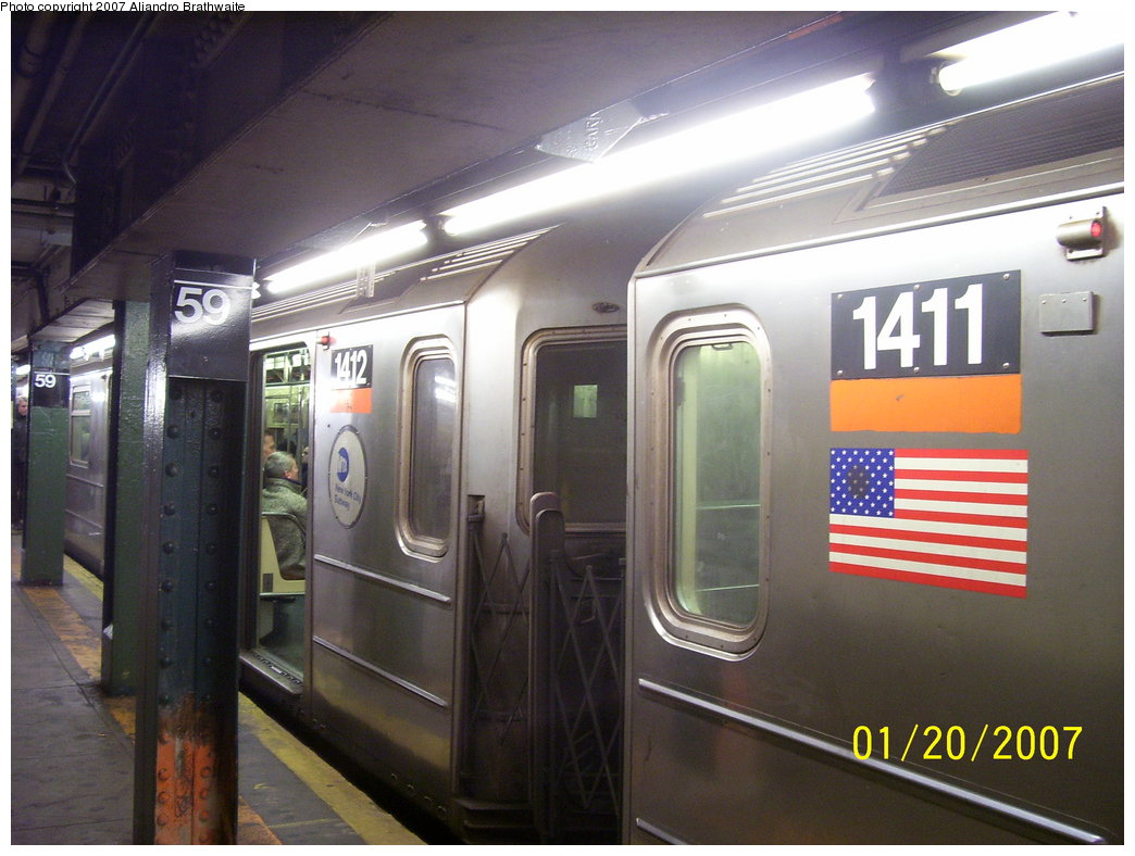 (163k, 1044x788)<br><b>Country:</b> United States<br><b>City:</b> New York<br><b>System:</b> New York City Transit<br><b>Line:</b> IRT West Side Line<br><b>Location:</b> 59th Street/Columbus Circle <br><b>Route:</b> 1<br><b>Car:</b> R-62 (Kawasaki, 1983-1985)  1411 <br><b>Photo by:</b> Aliandro Brathwaite<br><b>Date:</b> 1/20/2007<br><b>Viewed (this week/total):</b> 1 / 2595