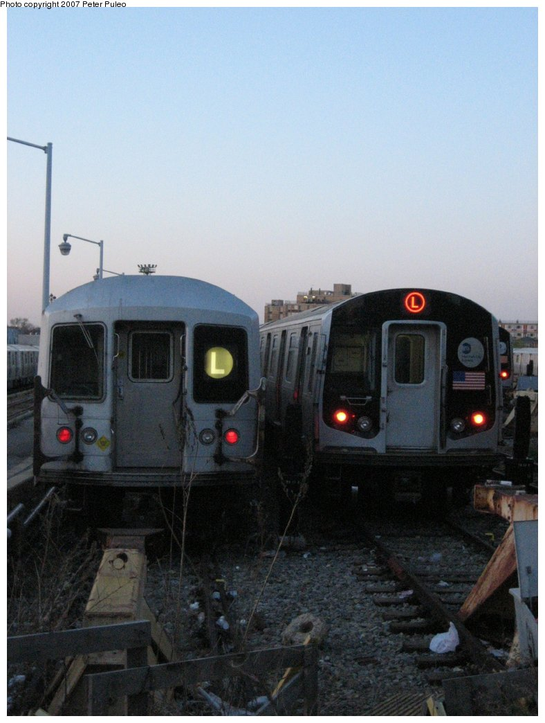 (136k, 788x1044)<br><b>Country:</b> United States<br><b>City:</b> New York<br><b>System:</b> New York City Transit<br><b>Location:</b> Rockaway Parkway (Canarsie) Yard<br><b>Car:</b> R-42 (St. Louis, 1969-1970)  4875 <br><b>Photo by:</b> Peter Puleo<br><b>Date:</b> 4/29/2006<br><b>Notes:</b> With R143 8284<br><b>Viewed (this week/total):</b> 4 / 2718