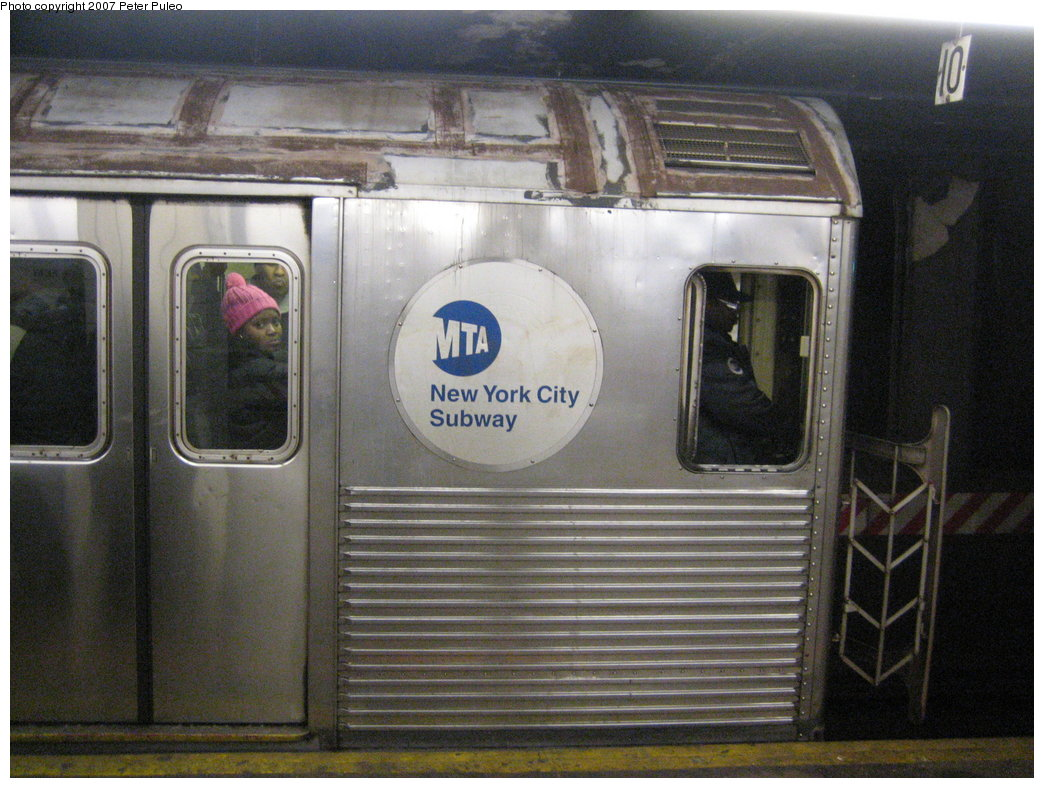 (190k, 1044x788)<br><b>Country:</b> United States<br><b>City:</b> New York<br><b>System:</b> New York City Transit<br><b>Line:</b> IND 8th Avenue Line<br><b>Location:</b> Jay St./Metrotech (Borough Hall) <br><b>Route:</b> A<br><b>Car:</b> R-38 (St. Louis, 1966-1967)  3970 <br><b>Photo by:</b> Peter Puleo<br><b>Date:</b> 1/29/2007<br><b>Viewed (this week/total):</b> 2 / 3054