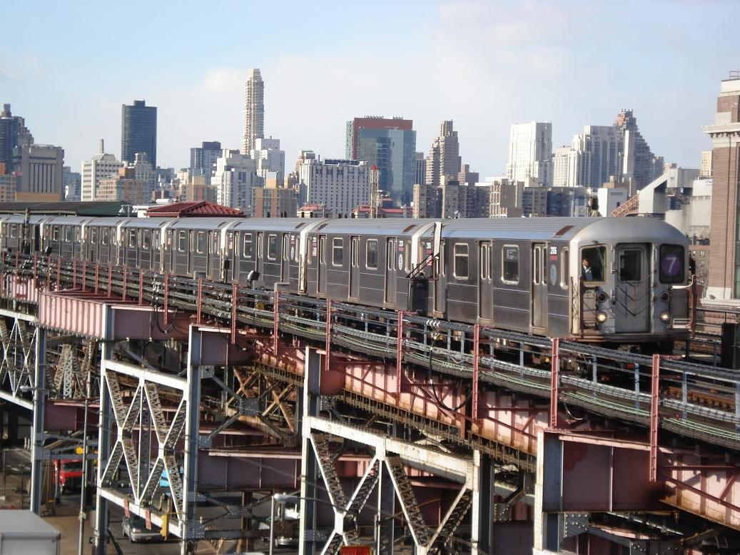 (171k, 1037x778)<br><b>Country:</b> United States<br><b>City:</b> New York<br><b>System:</b> New York City Transit<br><b>Line:</b> IRT Flushing Line<br><b>Location:</b> Queensborough Plaza <br><b>Route:</b> 7<br><b>Car:</b> R-62A (Bombardier, 1984-1987)  2106 <br><b>Photo by:</b> Michael Hodurski<br><b>Date:</b> 1/26/2007<br><b>Viewed (this week/total):</b> 1 / 2316