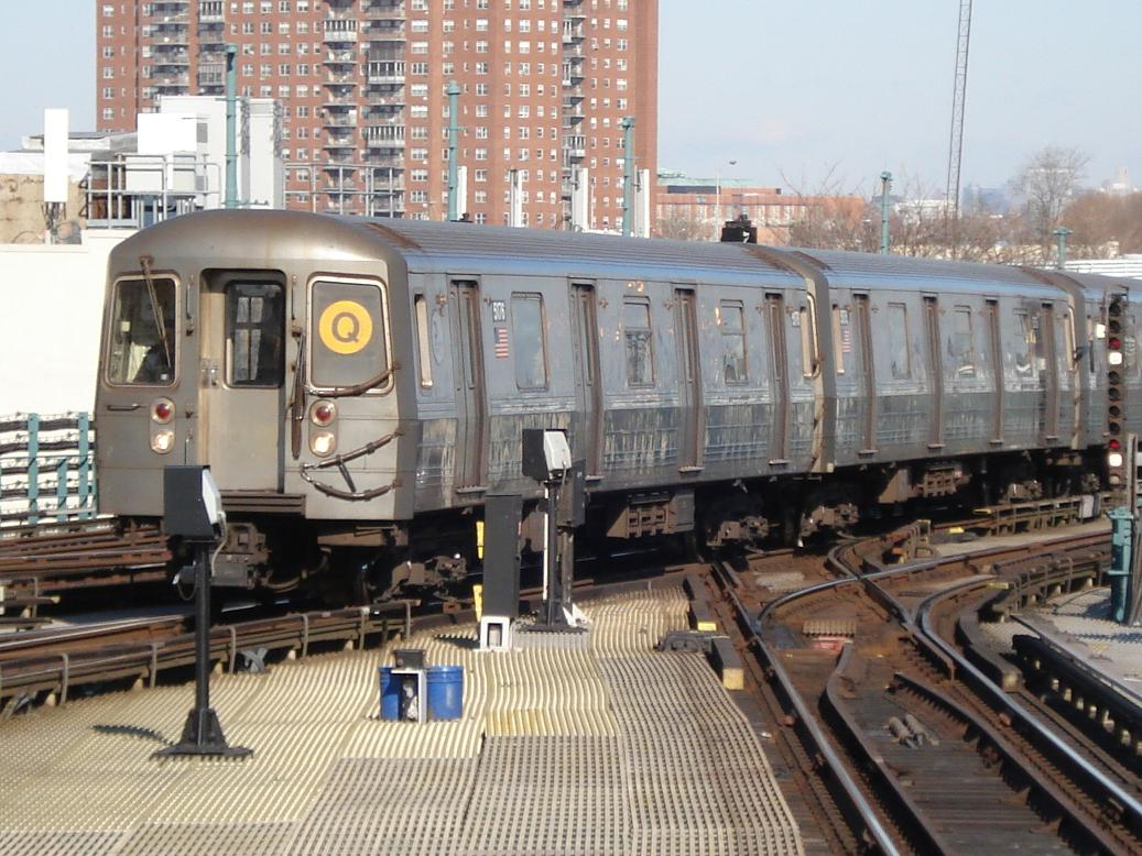 (163k, 1037x778)<br><b>Country:</b> United States<br><b>City:</b> New York<br><b>System:</b> New York City Transit<br><b>Location:</b> Coney Island/Stillwell Avenue<br><b>Route:</b> Q<br><b>Car:</b> R-68A (Kawasaki, 1988-1989)  5176 <br><b>Photo by:</b> Michael Hodurski<br><b>Date:</b> 1/31/2007<br><b>Viewed (this week/total):</b> 0 / 1710