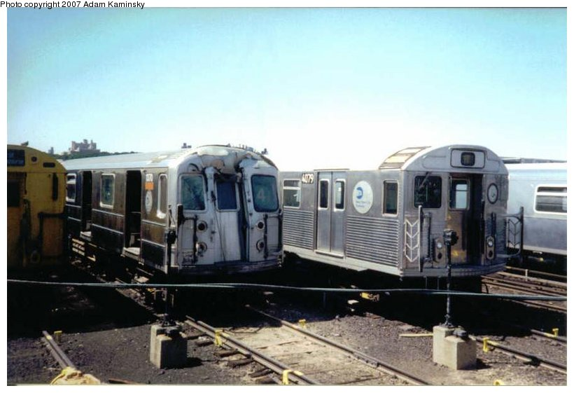 (77k, 820x561)<br><b>Country:</b> United States<br><b>City:</b> New York<br><b>System:</b> New York City Transit<br><b>Location:</b> 207th Street Yard<br><b>Car:</b> R-62 (Kawasaki, 1983-1985)  1370 <br><b>Photo by:</b> Adam Kaminsky<br><b>Date:</b> 8/24/2003<br><b>Viewed (this week/total):</b> 0 / 2014