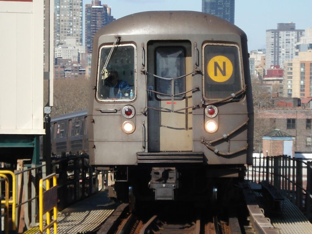 (121k, 1037x778)<br><b>Country:</b> United States<br><b>City:</b> New York<br><b>System:</b> New York City Transit<br><b>Line:</b> BMT Astoria Line<br><b>Location:</b> Queensborough Plaza <br><b>Route:</b> N<br><b>Car:</b> R-68 (Westinghouse-Amrail, 1986-1988)  2884 <br><b>Photo by:</b> Michael Hodurski<br><b>Date:</b> 2/10/2007<br><b>Viewed (this week/total):</b> 3 / 2211