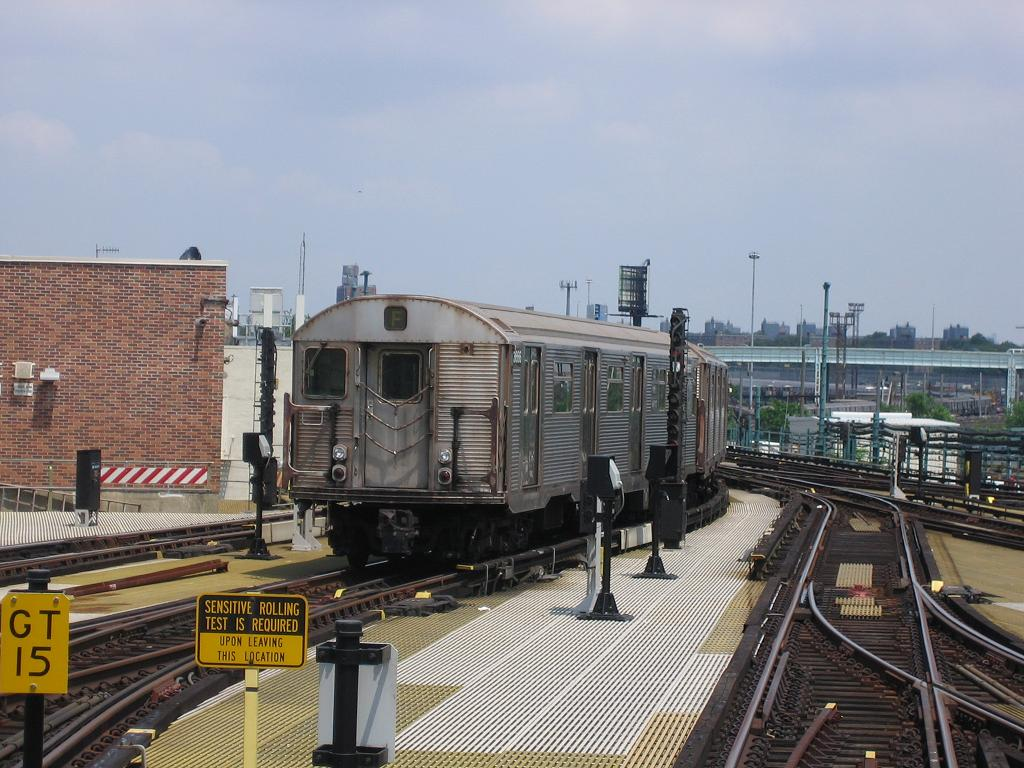 (137k, 1024x768)<br><b>Country:</b> United States<br><b>City:</b> New York<br><b>System:</b> New York City Transit<br><b>Location:</b> Coney Island/Stillwell Avenue<br><b>Route:</b> N<br><b>Car:</b> R-32 (Budd, 1964)  3666 <br><b>Photo by:</b> Michael Hodurski<br><b>Date:</b> 7/18/2006<br><b>Viewed (this week/total):</b> 1 / 2335