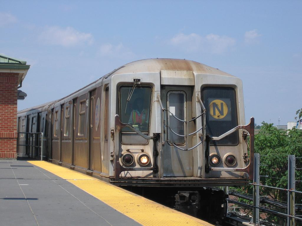 (108k, 1024x768)<br><b>Country:</b> United States<br><b>City:</b> New York<br><b>System:</b> New York City Transit<br><b>Location:</b> Coney Island/Stillwell Avenue<br><b>Route:</b> N<br><b>Car:</b> R-40 (St. Louis, 1968)  4166 <br><b>Photo by:</b> Michael Hodurski<br><b>Date:</b> 7/29/2006<br><b>Viewed (this week/total):</b> 0 / 1317
