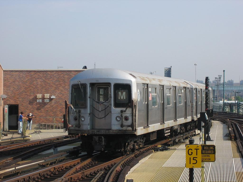 (127k, 1024x768)<br><b>Country:</b> United States<br><b>City:</b> New York<br><b>System:</b> New York City Transit<br><b>Location:</b> Coney Island/Stillwell Avenue<br><b>Route:</b> M<br><b>Car:</b> R-42 (St. Louis, 1969-1970)  4659 <br><b>Photo by:</b> Michael Hodurski<br><b>Date:</b> 7/31/2006<br><b>Viewed (this week/total):</b> 5 / 2508