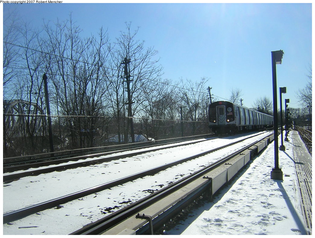 (259k, 1044x788)<br><b>Country:</b> United States<br><b>City:</b> New York<br><b>System:</b> New York City Transit<br><b>Line:</b> BMT Myrtle Avenue Line<br><b>Location:</b> Metropolitan Avenue <br><b>Route:</b> M<br><b>Car:</b> R-143 (Kawasaki, 2001-2002) 8121 <br><b>Photo by:</b> Robert Mencher<br><b>Date:</b> 2/19/2007<br><b>Viewed (this week/total):</b> 5 / 2943