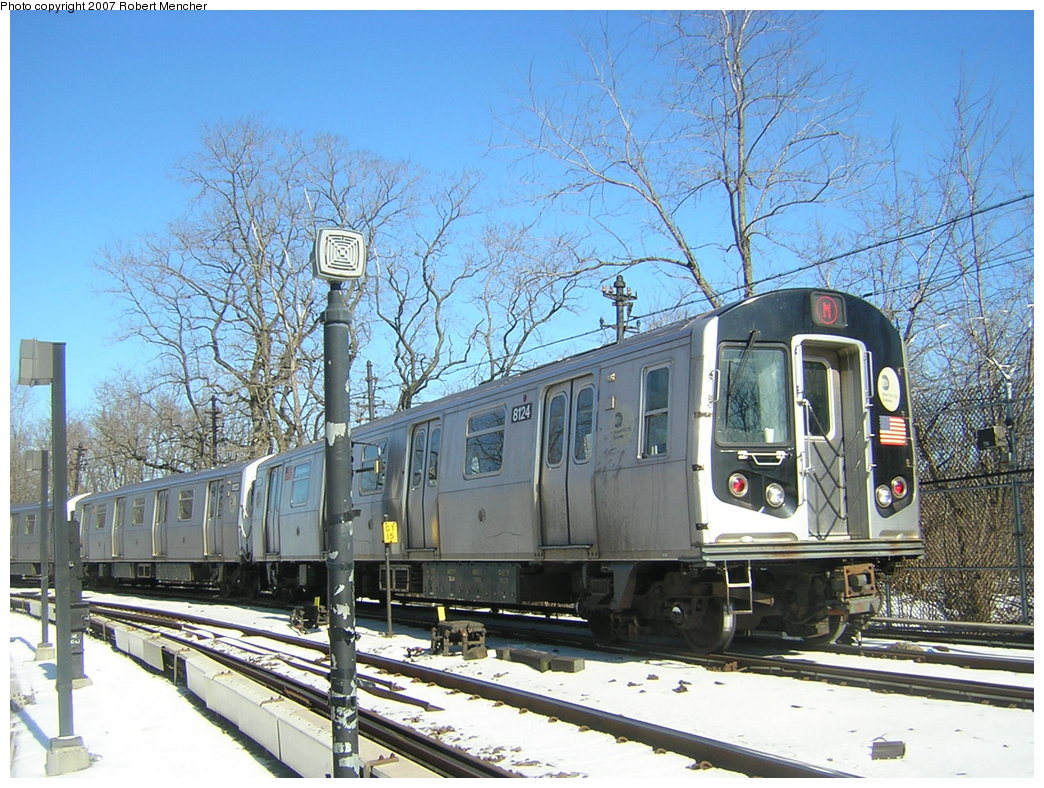 (261k, 1044x788)<br><b>Country:</b> United States<br><b>City:</b> New York<br><b>System:</b> New York City Transit<br><b>Line:</b> BMT Myrtle Avenue Line<br><b>Location:</b> Metropolitan Avenue <br><b>Route:</b> M<br><b>Car:</b> R-143 (Kawasaki, 2001-2002) 8124 <br><b>Photo by:</b> Robert Mencher<br><b>Date:</b> 2/19/2007<br><b>Viewed (this week/total):</b> 2 / 3144