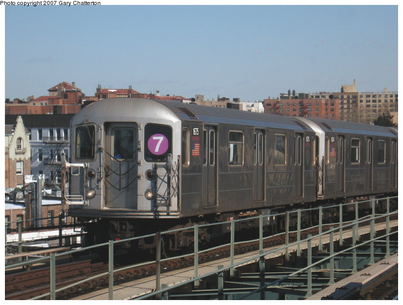 (106k, 820x620)<br><b>Country:</b> United States<br><b>City:</b> New York<br><b>System:</b> New York City Transit<br><b>Line:</b> IRT Flushing Line<br><b>Location:</b> 61st Street/Woodside <br><b>Route:</b> 7<br><b>Car:</b> R-62A (Bombardier, 1984-1987)  1675 <br><b>Photo by:</b> Gary Chatterton<br><b>Date:</b> 2/15/2007<br><b>Viewed (this week/total):</b> 2 / 1530