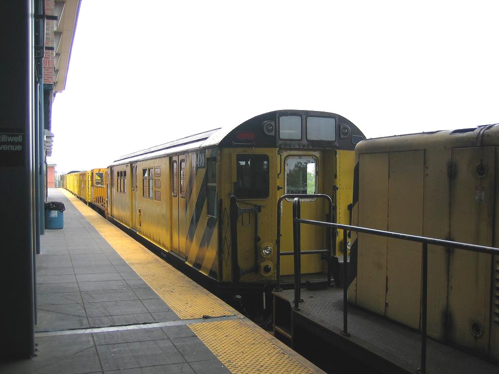 (137k, 1024x768)<br><b>Country:</b> United States<br><b>City:</b> New York<br><b>System:</b> New York City Transit<br><b>Location:</b> Coney Island/Stillwell Avenue<br><b>Route:</b> Work Service<br><b>Car:</b> R-161 Rider Car (ex-R-33)  RD410 (ex-8954)<br><b>Photo by:</b> Michael Hodurski<br><b>Date:</b> 7/12/2006<br><b>Viewed (this week/total):</b> 2 / 1177