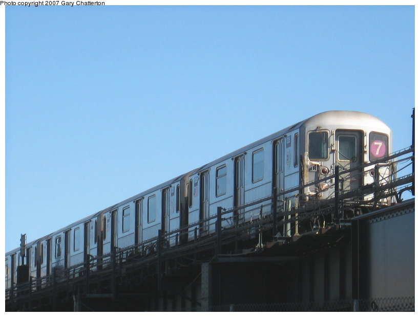 (74k, 820x620)<br><b>Country:</b> United States<br><b>City:</b> New York<br><b>System:</b> New York City Transit<br><b>Line:</b> IRT Flushing Line<br><b>Location:</b> 69th Street/Fisk Avenue <br><b>Route:</b> 7<br><b>Car:</b> R-62A (Bombardier, 1984-1987)  1726 <br><b>Photo by:</b> Gary Chatterton<br><b>Date:</b> 2/19/2007<br><b>Viewed (this week/total):</b> 3 / 1137