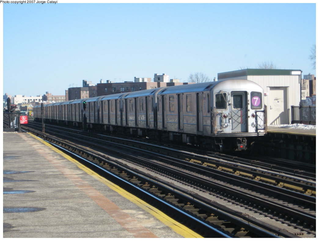 (156k, 1044x788)<br><b>Country:</b> United States<br><b>City:</b> New York<br><b>System:</b> New York City Transit<br><b>Line:</b> IRT Flushing Line<br><b>Location:</b> 82nd Street/Jackson Heights <br><b>Route:</b> 7<br><b>Car:</b> R-62A (Bombardier, 1984-1987)  1661 <br><b>Photo by:</b> Jorge Catayi<br><b>Date:</b> 2/19/2007<br><b>Viewed (this week/total):</b> 0 / 1575
