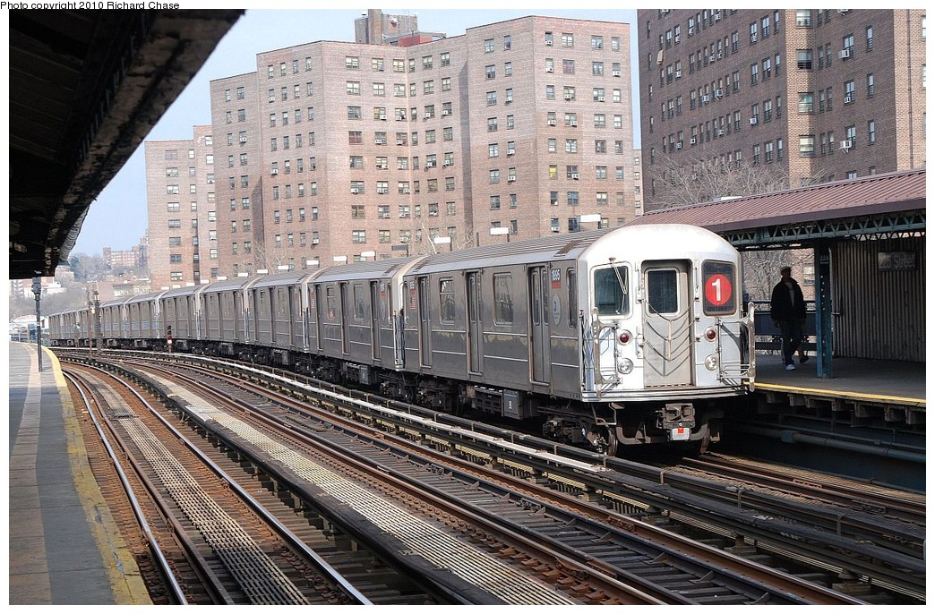 (286k, 1044x686)<br><b>Country:</b> United States<br><b>City:</b> New York<br><b>System:</b> New York City Transit<br><b>Line:</b> IRT West Side Line<br><b>Location:</b> 225th Street <br><b>Route:</b> 1<br><b>Car:</b> R-62A (Bombardier, 1984-1987)  1995 <br><b>Photo by:</b> Richard Chase<br><b>Date:</b> 3/25/2010<br><b>Viewed (this week/total):</b> 2 / 498