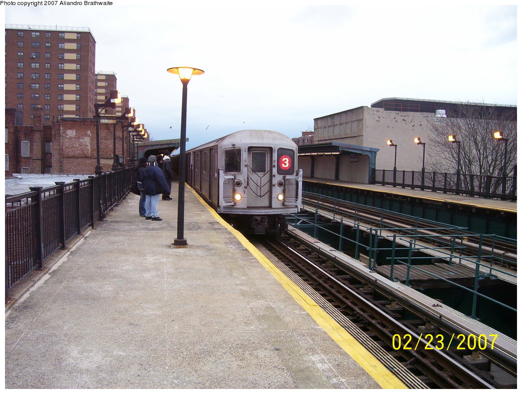 (214k, 1044x788)<br><b>Country:</b> United States<br><b>City:</b> New York<br><b>System:</b> New York City Transit<br><b>Line:</b> IRT Brooklyn Line<br><b>Location:</b> Rockaway Avenue <br><b>Route:</b> 3<br><b>Car:</b> R-62 (Kawasaki, 1983-1985)  1321 <br><b>Photo by:</b> Aliandro Brathwaite<br><b>Date:</b> 2/23/2007<br><b>Viewed (this week/total):</b> 2 / 3213