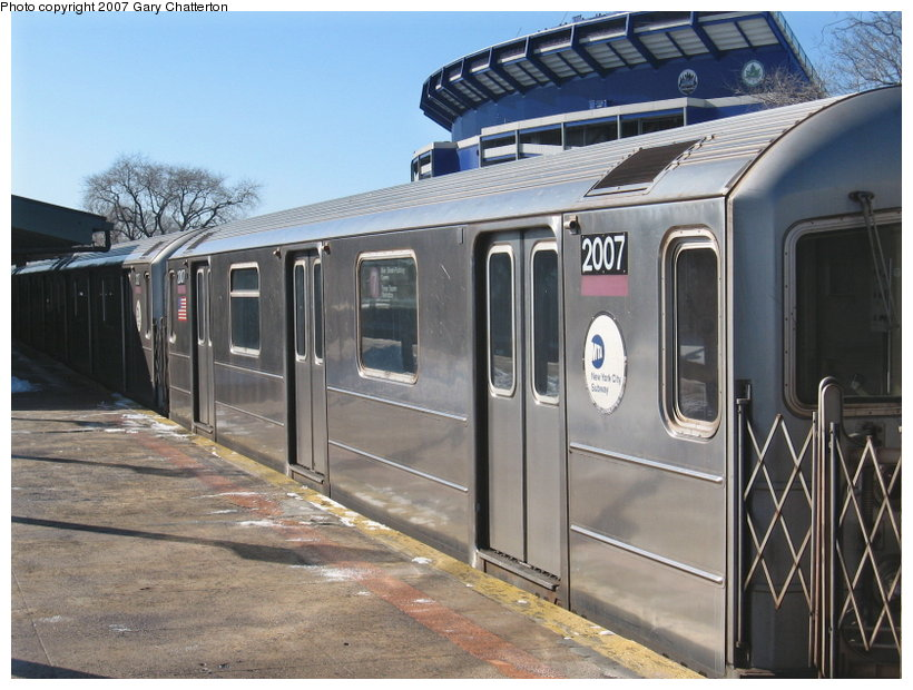 (118k, 820x620)<br><b>Country:</b> United States<br><b>City:</b> New York<br><b>System:</b> New York City Transit<br><b>Line:</b> IRT Flushing Line<br><b>Location:</b> Willets Point/Mets (fmr. Shea Stadium) <br><b>Route:</b> 7<br><b>Car:</b> R-62A (Bombardier, 1984-1987)  2007 <br><b>Photo by:</b> Gary Chatterton<br><b>Date:</b> 2/15/2007<br><b>Viewed (this week/total):</b> 2 / 1833