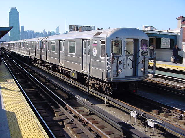 (61k, 640x480)<br><b>Country:</b> United States<br><b>City:</b> New York<br><b>System:</b> New York City Transit<br><b>Line:</b> IRT Flushing Line<br><b>Location:</b> 33rd Street/Rawson Street <br><b>Route:</b> 7<br><b>Car:</b> R-62A (Bombardier, 1984-1987)  1700 <br><b>Photo by:</b> Salaam Allah<br><b>Date:</b> 9/17/2002<br><b>Viewed (this week/total):</b> 0 / 2756