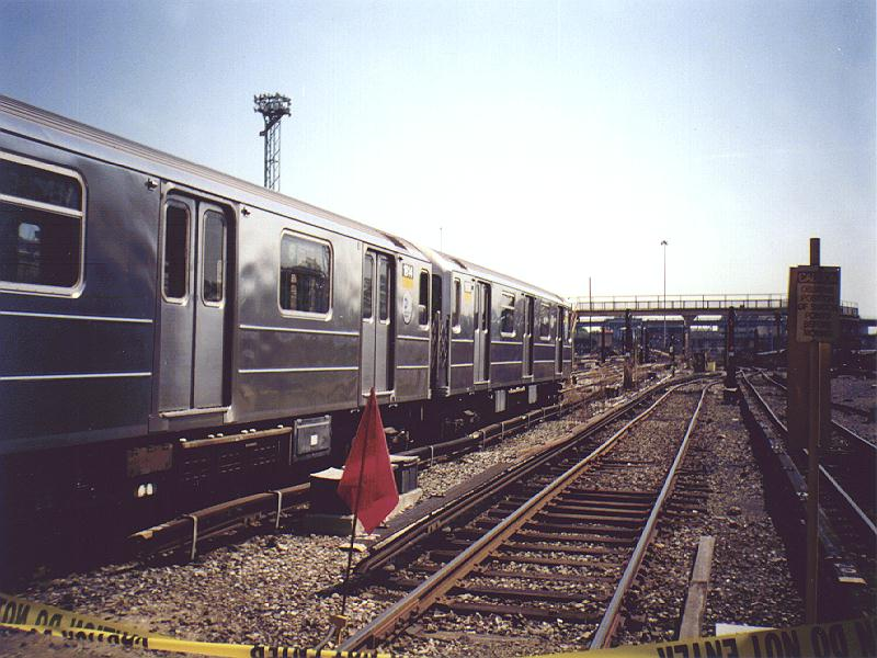 (92k, 800x600)<br><b>Country:</b> United States<br><b>City:</b> New York<br><b>System:</b> New York City Transit<br><b>Location:</b> Westchester Yard<br><b>Car:</b> R-62A (Bombardier, 1984-1987)  1814 <br><b>Photo by:</b> Constantine Steffan<br><b>Date:</b> 9/12/1998<br><b>Viewed (this week/total):</b> 3 / 3267