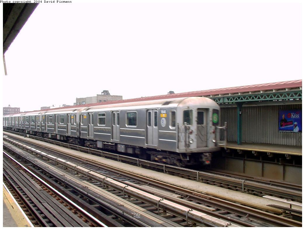 (115k, 1044x788)<br><b>Country:</b> United States<br><b>City:</b> New York<br><b>System:</b> New York City Transit<br><b>Line:</b> IRT Pelham Line<br><b>Location:</b> Whitlock Avenue <br><b>Route:</b> 6<br><b>Car:</b> R-62A (Bombardier, 1984-1987)  1846 <br><b>Photo by:</b> David Pirmann<br><b>Date:</b> 7/4/2001<br><b>Viewed (this week/total):</b> 4 / 4531
