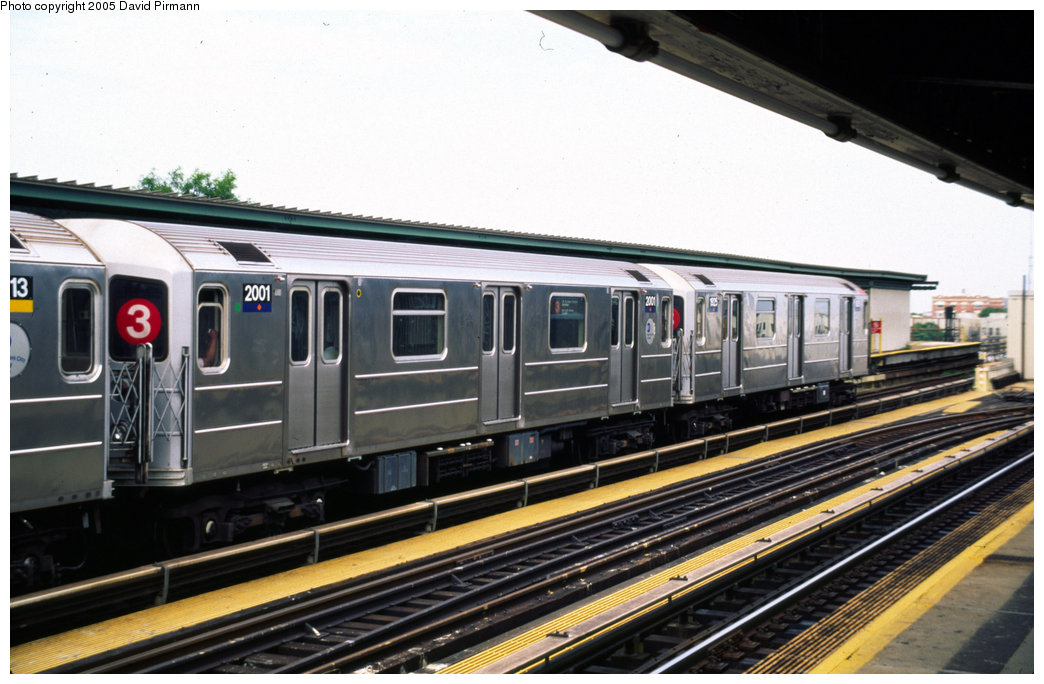 (186k, 1044x684)<br><b>Country:</b> United States<br><b>City:</b> New York<br><b>System:</b> New York City Transit<br><b>Line:</b> IRT Brooklyn Line<br><b>Location:</b> Junius Street <br><b>Route:</b> 3<br><b>Car:</b> R-62A (Bombardier, 1984-1987)  2001 <br><b>Photo by:</b> David Pirmann<br><b>Date:</b> 7/21/1999<br><b>Viewed (this week/total):</b> 14 / 3642