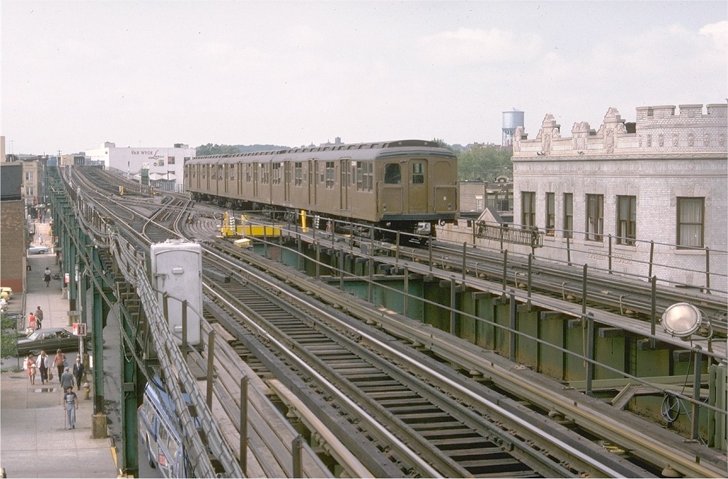 (203k, 1024x673)<br><b>Country:</b> United States<br><b>City:</b> New York<br><b>System:</b> New York City Transit<br><b>Line:</b> BMT Nassau Street/Jamaica Line<br><b>Location:</b> Queens Boulevard (Demolished) <br><b>Route:</b> Fan Trip<br><b>Car:</b> BMT A/B-Type Standard 2390 <br><b>Photo by:</b> Doug Grotjahn<br><b>Collection of:</b> Joe Testagrose<br><b>Date:</b> 9/10/1977<br><b>Viewed (this week/total):</b> 5 / 5227