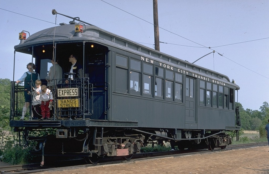 (189k, 1024x664)<br><b>Country:</b> United States<br><b>City:</b> East Haven/Branford, Ct.<br><b>System:</b> Shore Line Trolley Museum <br><b>Car:</b> BMT Elevated Gate Car 659 <br><b>Photo by:</b> Doug Grotjahn<br><b>Collection of:</b> Joe Testagrose<br><b>Date:</b> 5/25/1968<br><b>Viewed (this week/total):</b> 2 / 6369