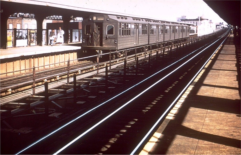 (214k, 1024x662)<br><b>Country:</b> United States<br><b>City:</b> New York<br><b>System:</b> New York City Transit<br><b>Line:</b> BMT Myrtle Avenue Line<br><b>Location:</b> Knickerbocker Avenue <br><b>Car:</b> BMT Multi 7020 <br><b>Collection of:</b> Joe Testagrose<br><b>Viewed (this week/total):</b> 3 / 2914