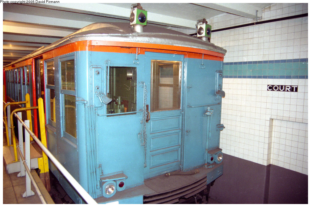 (223k, 1044x696)<br><b>Country:</b> United States<br><b>City:</b> New York<br><b>System:</b> New York City Transit<br><b>Location:</b> New York Transit Museum<br><b>Car:</b> BMT Q 1612C <br><b>Photo by:</b> David Pirmann<br><b>Date:</b> 10/1/1995<br><b>Viewed (this week/total):</b> 4 / 4713