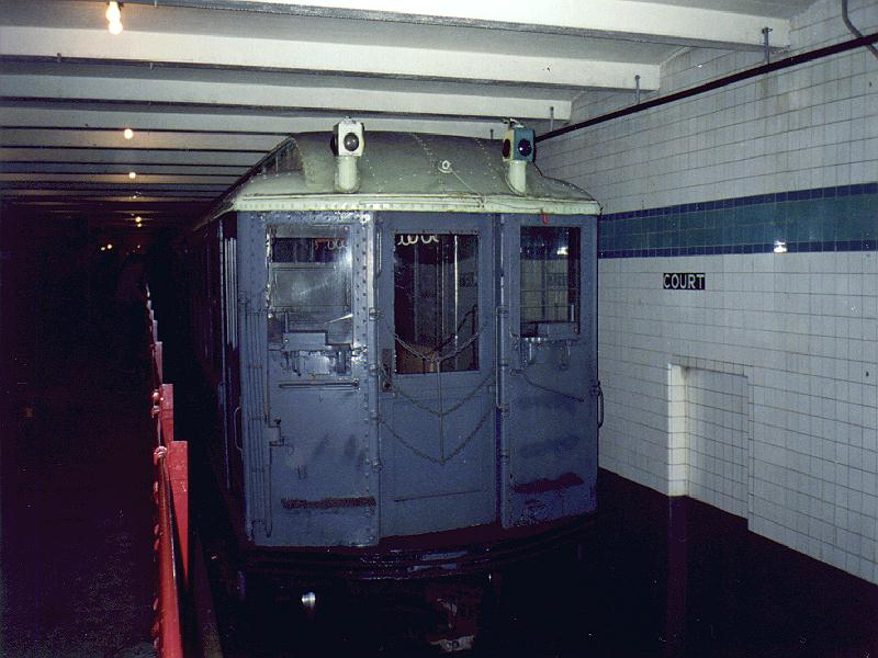 (79k, 800x600)<br><b>Country:</b> United States<br><b>City:</b> New York<br><b>System:</b> New York City Transit<br><b>Location:</b> New York Transit Museum<br><b>Car:</b> Low-V (Museum Train) 5290 <br><b>Photo by:</b> Constantine Steffan<br><b>Date:</b> 6/20/1998<br><b>Viewed (this week/total):</b> 4 / 3999