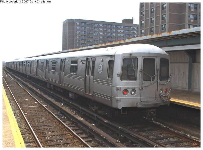 (101k, 820x605)<br><b>Country:</b> United States<br><b>City:</b> New York<br><b>System:</b> New York City Transit<br><b>Line:</b> IND Rockaway<br><b>Location:</b> Beach 98th Street/Playland <br><b>Route:</b> S<br><b>Car:</b> R-44 (St. Louis, 1971-73) 5388 <br><b>Photo by:</b> Gary Chatterton<br><b>Date:</b> 6/17/2006<br><b>Viewed (this week/total):</b> 3 / 1219