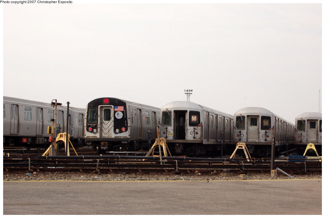 (135k, 1044x701)<br><b>Country:</b> United States<br><b>City:</b> New York<br><b>System:</b> New York City Transit<br><b>Location:</b> Coney Island Yard<br><b>Car:</b> R-160B (Kawasaki, 2005-2008)  8722 <br><b>Photo by:</b> Christopher Esposito<br><b>Date:</b> 3/10/2007<br><b>Notes:</b> R160B and R42 trains in yard.<br><b>Viewed (this week/total):</b> 1 / 2572