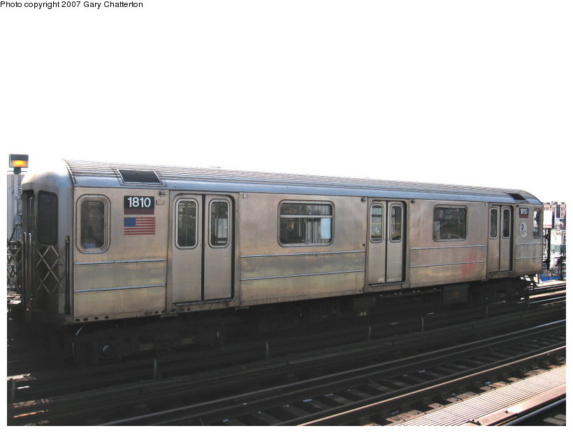 (71k, 820x620)<br><b>Country:</b> United States<br><b>City:</b> New York<br><b>System:</b> New York City Transit<br><b>Line:</b> IRT Flushing Line<br><b>Location:</b> 52nd Street/Lincoln Avenue <br><b>Route:</b> 7<br><b>Car:</b> R-62A (Bombardier, 1984-1987)  1810 <br><b>Photo by:</b> Gary Chatterton<br><b>Date:</b> 3/9/2007<br><b>Viewed (this week/total):</b> 2 / 1646