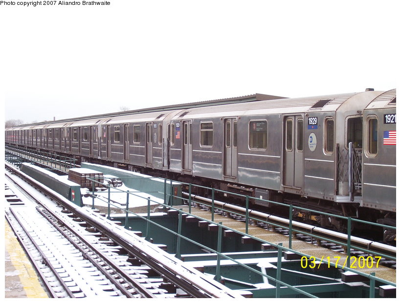(126k, 820x620)<br><b>Country:</b> United States<br><b>City:</b> New York<br><b>System:</b> New York City Transit<br><b>Line:</b> IRT Brooklyn Line<br><b>Location:</b> Van Siclen Avenue <br><b>Route:</b> 3<br><b>Car:</b> R-62A (Bombardier, 1984-1987)  1921-1929 <br><b>Photo by:</b> Aliandro Brathwaite<br><b>Date:</b> 3/17/2007<br><b>Viewed (this week/total):</b> 1 / 2565