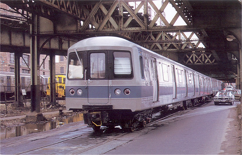 (258k, 1024x658)<br><b>Country:</b> United States<br><b>City:</b> New York<br><b>System:</b> New York City Transit<br><b>Line:</b> South Brooklyn Railway<br><b>Location:</b> McDonald/Ave X (SBK)<br><b>Car:</b> R-44 (St. Louis, 1971-73) 136 <br><b>Photo by:</b> Doug Grotjahn<br><b>Collection of:</b> Joe Testagrose<br><b>Date:</b> 1972<br><b>Viewed (this week/total):</b> 0 / 2452
