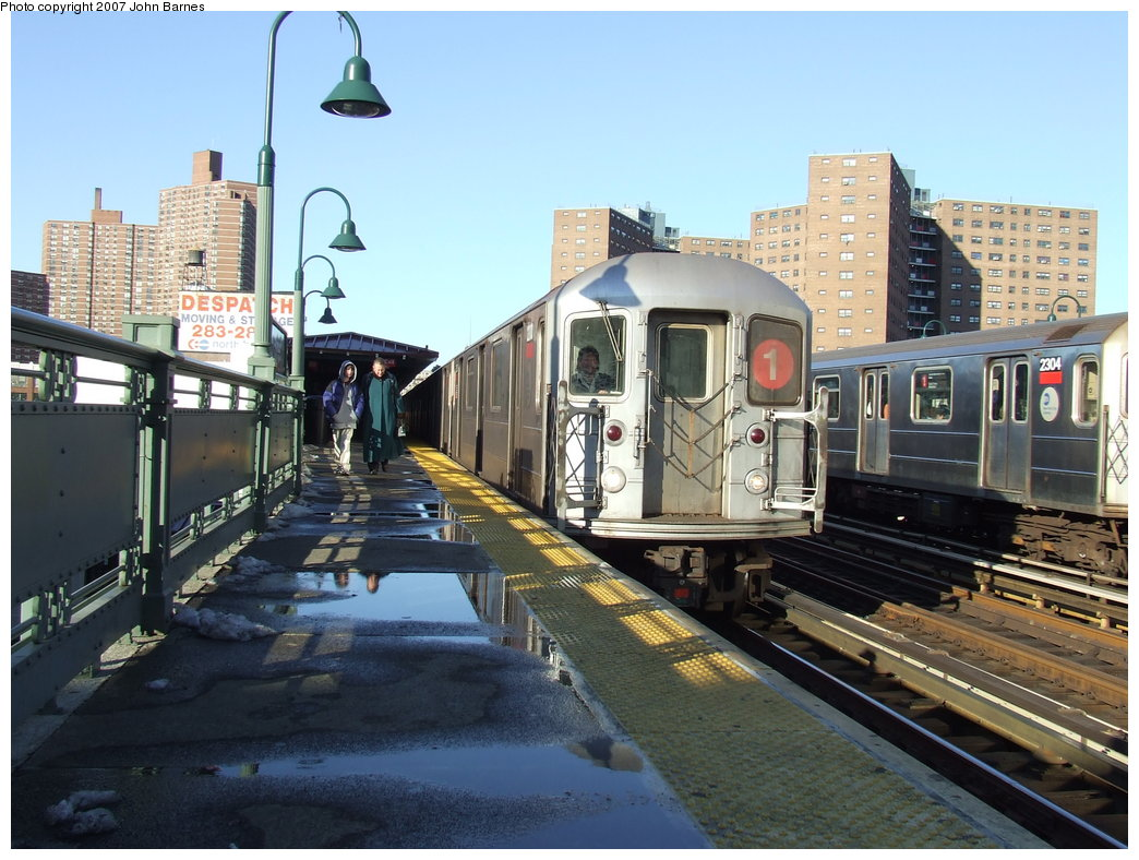 (192k, 1044x788)<br><b>Country:</b> United States<br><b>City:</b> New York<br><b>System:</b> New York City Transit<br><b>Line:</b> IRT West Side Line<br><b>Location:</b> 125th Street <br><b>Route:</b> 1<br><b>Car:</b> R-62A (Bombardier, 1984-1987)  2200 <br><b>Photo by:</b> John Barnes<br><b>Date:</b> 3/20/2007<br><b>Viewed (this week/total):</b> 0 / 1996