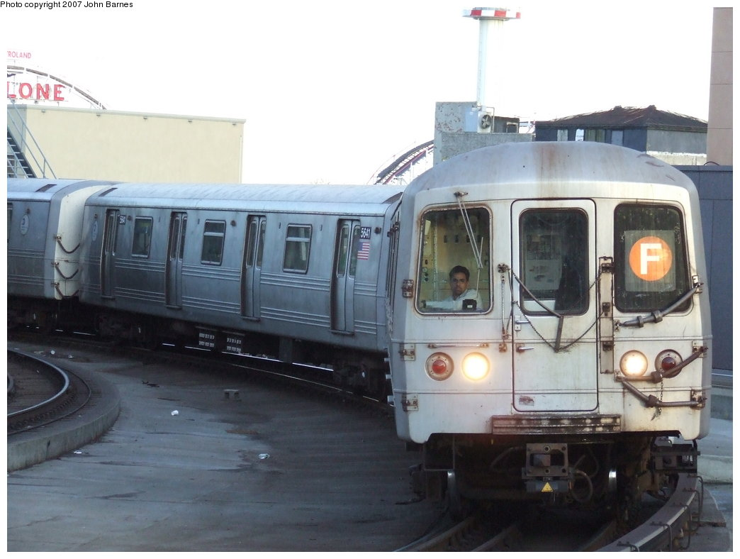 (141k, 1044x788)<br><b>Country:</b> United States<br><b>City:</b> New York<br><b>System:</b> New York City Transit<br><b>Location:</b> Coney Island/Stillwell Avenue<br><b>Route:</b> F<br><b>Car:</b> R-46 (Pullman-Standard, 1974-75) 5640 <br><b>Photo by:</b> John Barnes<br><b>Date:</b> 3/28/2007<br><b>Viewed (this week/total):</b> 0 / 2203