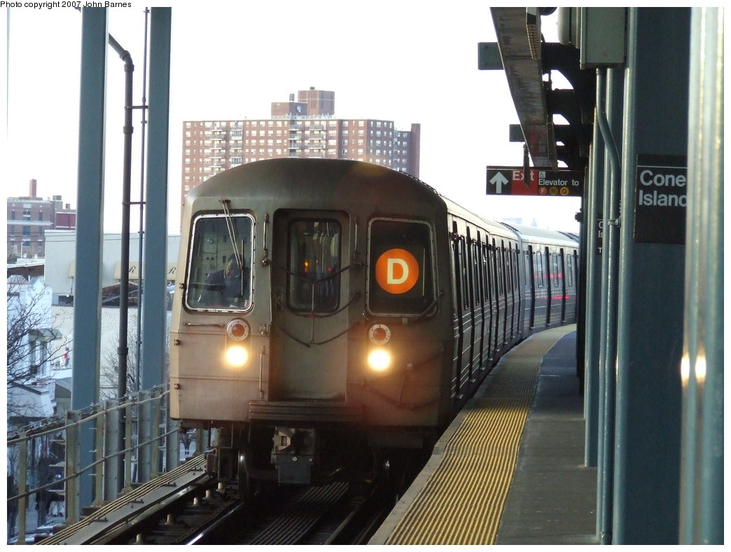 (171k, 1044x788)<br><b>Country:</b> United States<br><b>City:</b> New York<br><b>System:</b> New York City Transit<br><b>Location:</b> Coney Island/Stillwell Avenue<br><b>Route:</b> D<br><b>Car:</b> R-68 (Westinghouse-Amrail, 1986-1988)  2554 <br><b>Photo by:</b> John Barnes<br><b>Date:</b> 3/28/2007<br><b>Viewed (this week/total):</b> 4 / 1810