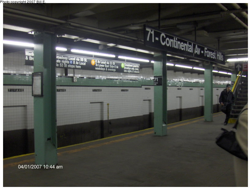 (81k, 820x622)<br><b>Country:</b> United States<br><b>City:</b> New York<br><b>System:</b> New York City Transit<br><b>Line:</b> IND Queens Boulevard Line<br><b>Location:</b> 71st/Continental Aves./Forest Hills <br><b>Photo by:</b> Bill E.<br><b>Date:</b> 4/1/2007<br><b>Viewed (this week/total):</b> 2 / 1752