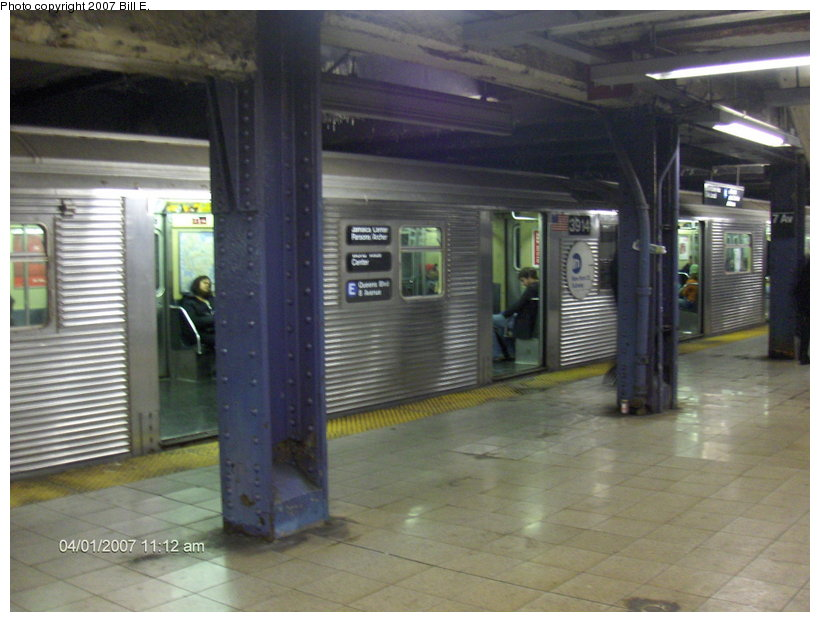 (101k, 820x622)<br><b>Country:</b> United States<br><b>City:</b> New York<br><b>System:</b> New York City Transit<br><b>Line:</b> IND Queens Boulevard Line<br><b>Location:</b> 7th Avenue/53rd Street <br><b>Route:</b> E<br><b>Car:</b> R-32 (Budd, 1964)  3914 <br><b>Photo by:</b> Bill E.<br><b>Date:</b> 4/1/2007<br><b>Viewed (this week/total):</b> 1 / 2605