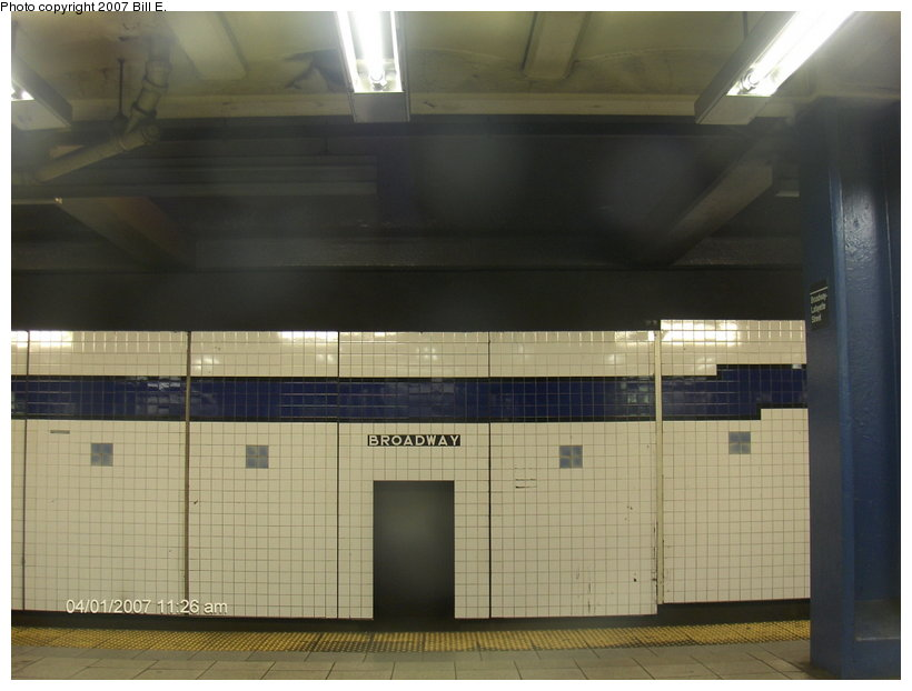 (82k, 820x622)<br><b>Country:</b> United States<br><b>City:</b> New York<br><b>System:</b> New York City Transit<br><b>Line:</b> IND 6th Avenue Line<br><b>Location:</b> Broadway/Lafayette <br><b>Photo by:</b> Bill E.<br><b>Date:</b> 4/1/2007<br><b>Viewed (this week/total):</b> 1 / 1978