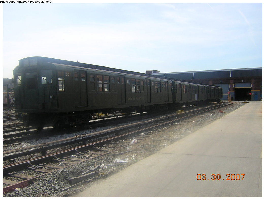 (156k, 1044x788)<br><b>Country:</b> United States<br><b>City:</b> New York<br><b>System:</b> New York City Transit<br><b>Location:</b> 207th Street Yard<br><b>Car:</b> R-1 (American Car & Foundry, 1930-1931) 381 <br><b>Photo by:</b> Robert Mencher<br><b>Date:</b> 3/30/2007<br><b>Viewed (this week/total):</b> 1 / 1426