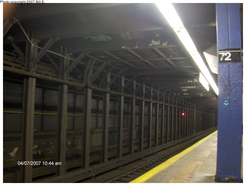 (76k, 820x622)<br><b>Country:</b> United States<br><b>City:</b> New York<br><b>System:</b> New York City Transit<br><b>Line:</b> IND 8th Avenue Line<br><b>Location:</b> 72nd Street <br><b>Photo by:</b> Bill E.<br><b>Date:</b> 4/7/2007<br><b>Notes:</b> Trackway view.<br><b>Viewed (this week/total):</b> 3 / 2494