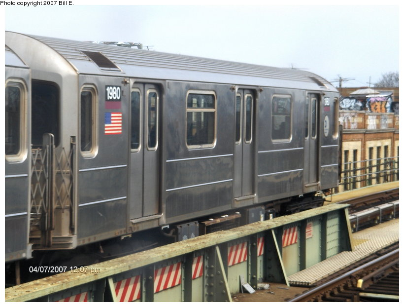 (101k, 820x622)<br><b>Country:</b> United States<br><b>City:</b> New York<br><b>System:</b> New York City Transit<br><b>Line:</b> IRT Flushing Line<br><b>Location:</b> 52nd Street/Lincoln Avenue <br><b>Route:</b> 7<br><b>Car:</b> R-62A (Bombardier, 1984-1987)  1980 <br><b>Photo by:</b> Bill E.<br><b>Date:</b> 4/7/2007<br><b>Viewed (this week/total):</b> 3 / 1897