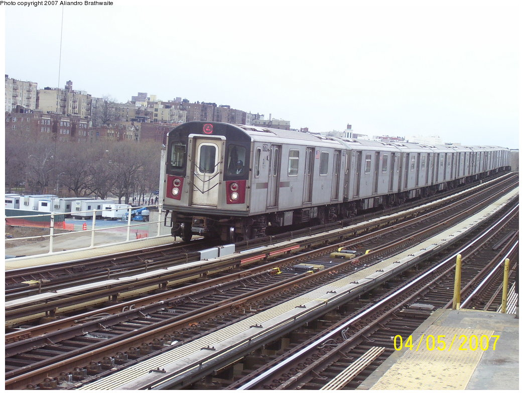 (212k, 1044x788)<br><b>Country:</b> United States<br><b>City:</b> New York<br><b>System:</b> New York City Transit<br><b>Line:</b> IRT Woodlawn Line<br><b>Location:</b> 161st Street/River Avenue (Yankee Stadium) <br><b>Route:</b> 4<br><b>Car:</b> R-142 (Option Order, Bombardier, 2002-2003)  7170 <br><b>Photo by:</b> Aliandro Brathwaite<br><b>Date:</b> 4/5/2007<br><b>Viewed (this week/total):</b> 1 / 2479