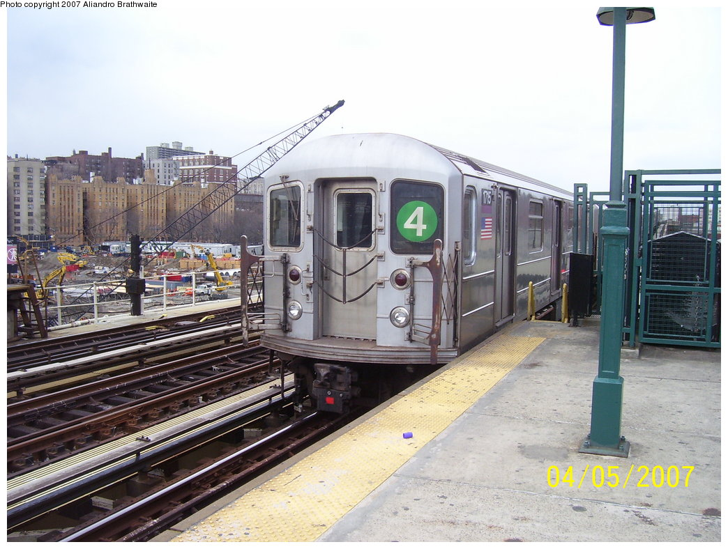 (203k, 1044x788)<br><b>Country:</b> United States<br><b>City:</b> New York<br><b>System:</b> New York City Transit<br><b>Line:</b> IRT Woodlawn Line<br><b>Location:</b> 161st Street/River Avenue (Yankee Stadium) <br><b>Route:</b> 4<br><b>Car:</b> R-62A (Bombardier, 1984-1987)  1715 <br><b>Photo by:</b> Aliandro Brathwaite<br><b>Date:</b> 4/5/2007<br><b>Viewed (this week/total):</b> 0 / 2540